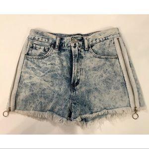 Forever 21 Zip up High Rise Acid Wash Short Shorts